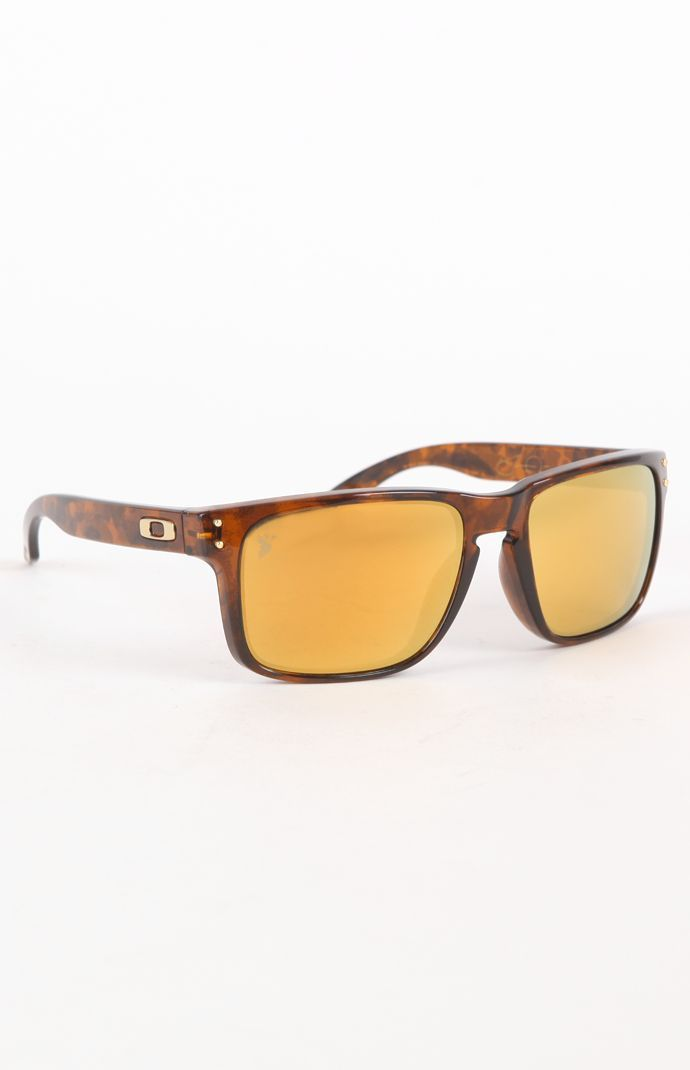 02afb9a240 Oakley Sunglasses is on clearance sale