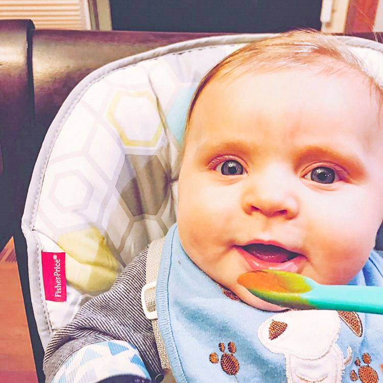 892d93aa977b2f1aa6267a9c139a02dc - How To Get Baby To Eat From A Spoon