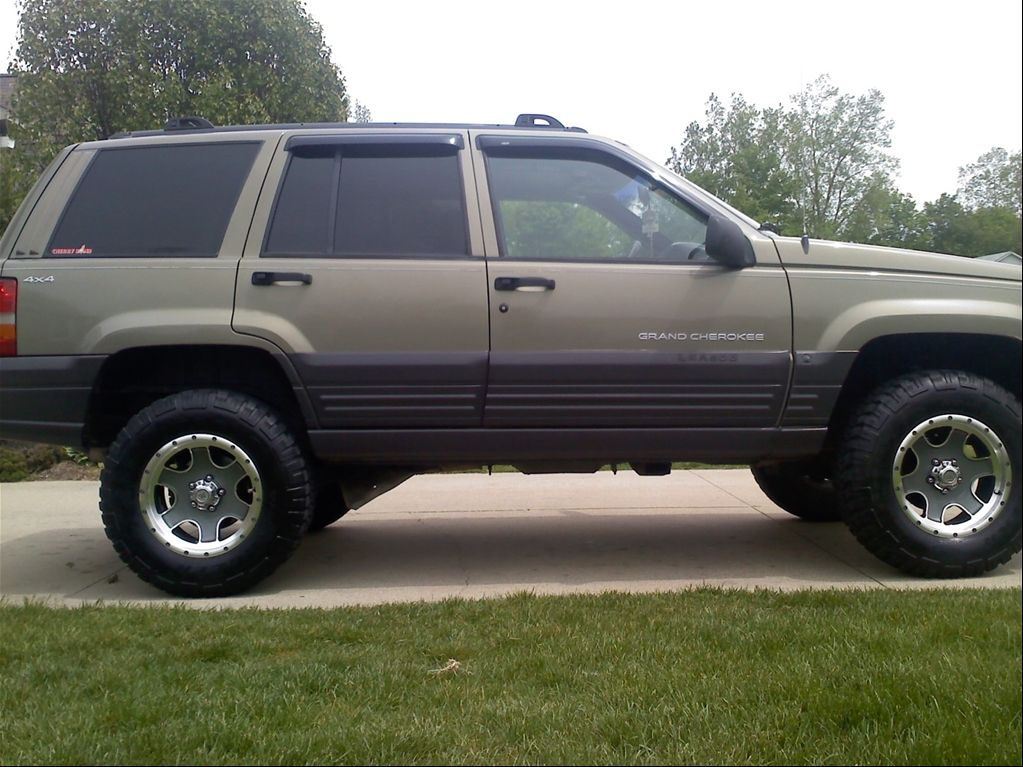 96 jeep grand cherokee lifted 1996 jeep grand cherokee laredo sport utility 4d oxford mi. Black Bedroom Furniture Sets. Home Design Ideas