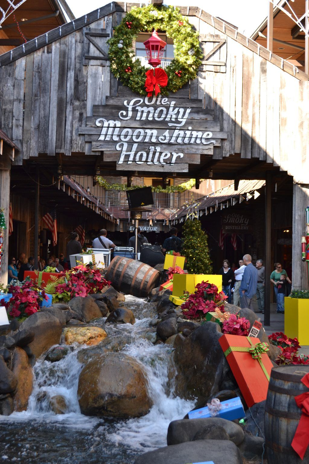 free things to do in gatlinburg