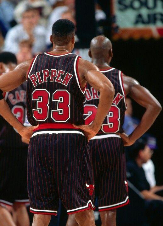 reputable site acd2f 37ca0 Scottie Pippen & Michael Jordan •
