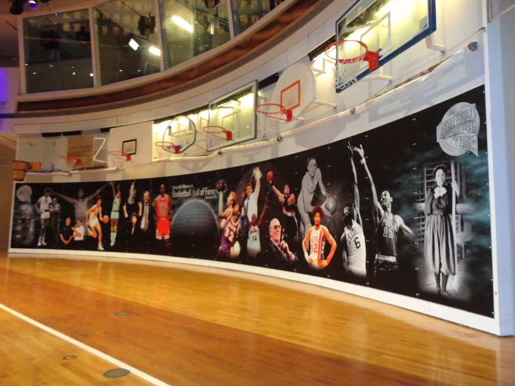 Color printing joliet - Shooting For Perfection The Big Picture Wide Format Printing Basketball Halloffame