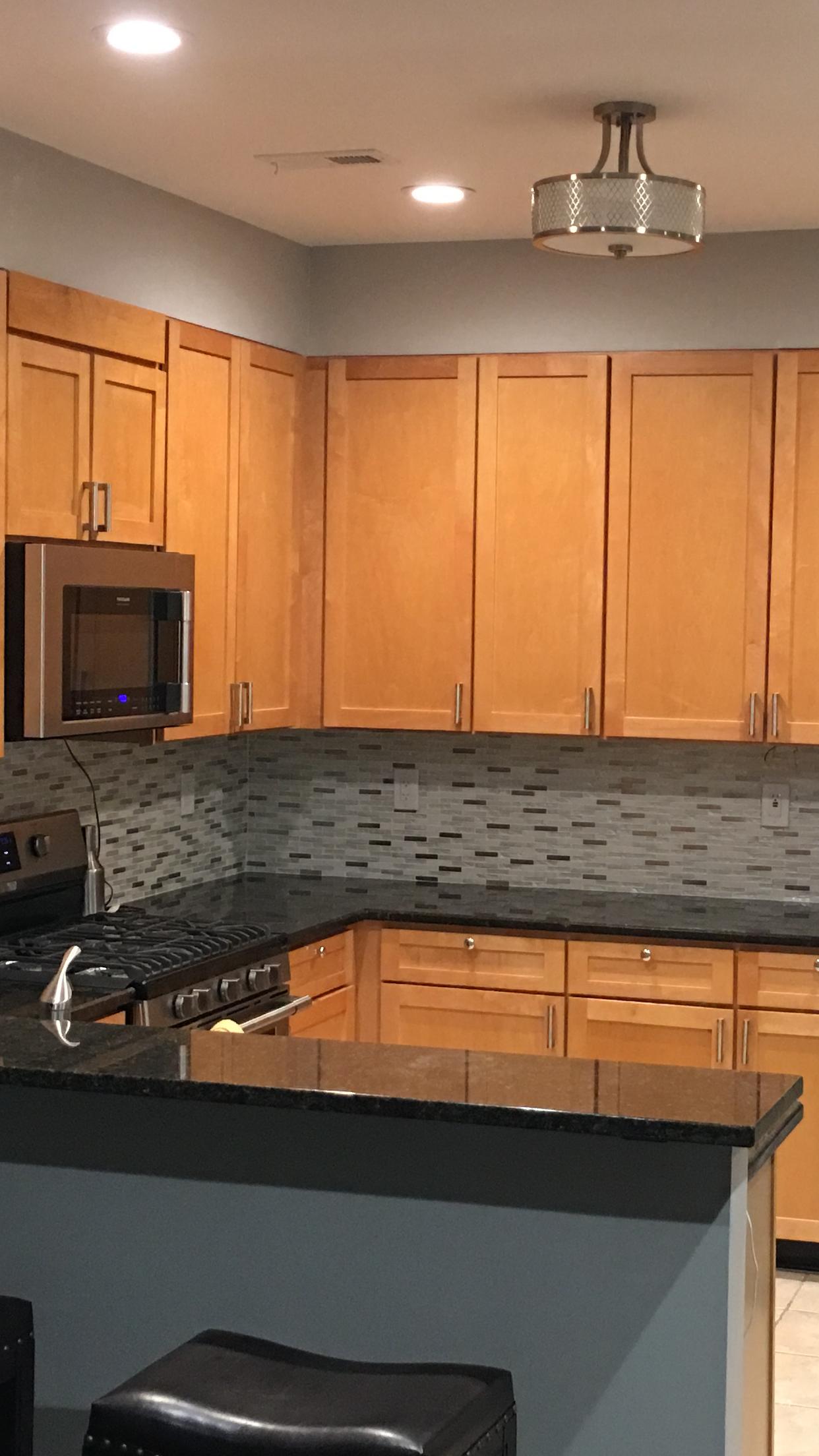 Pin By Cmg On Backsplash Kitchen Cabinets Kitchen Decor