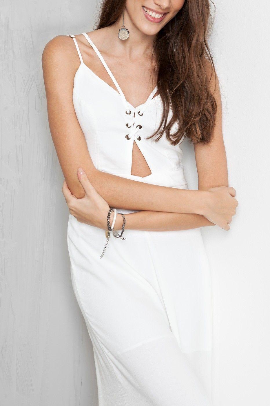 macacão pantacourt recorte busto | Dress to