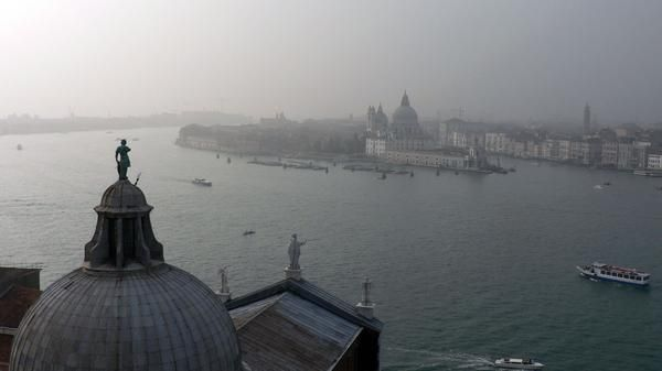 Article about great food in Venice.