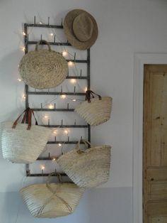Coucou tout le monde ! Il existe beaucoup de styles de décoration pour vos petits nids douillets. Aujourd'hui, nous vous parlerons de décoration cosy qu