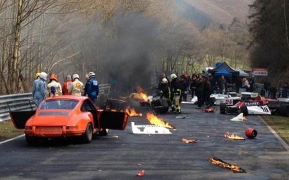 نتيجة بحث الصور عن 1976 Nürburgring crash[edit]