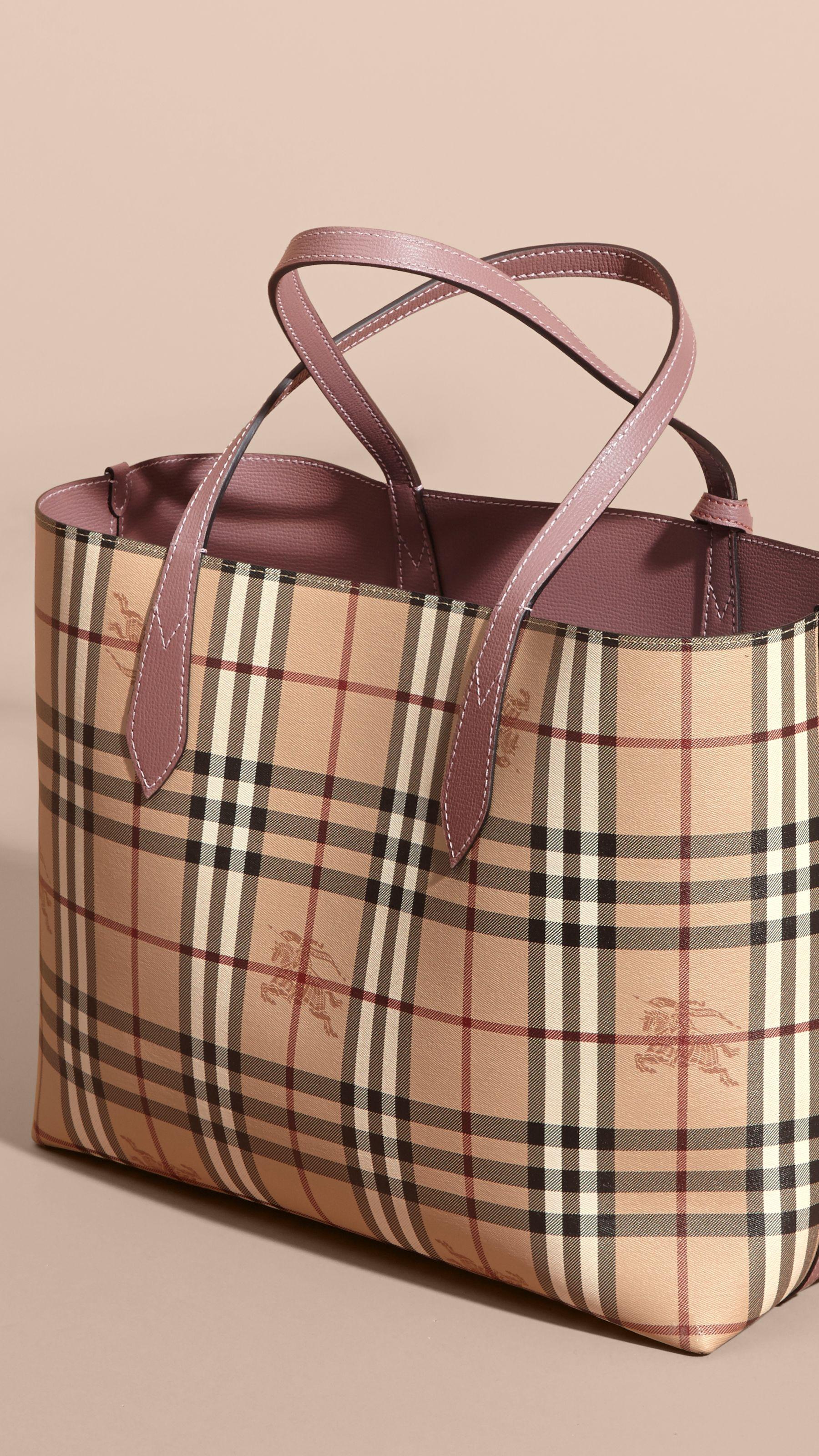 e7d5b3f3ac La borsa tote double face media con motivo Haymarket check e pelle (Sambuco  Chiaro) - Donna | Burberry Stati Uniti d'America