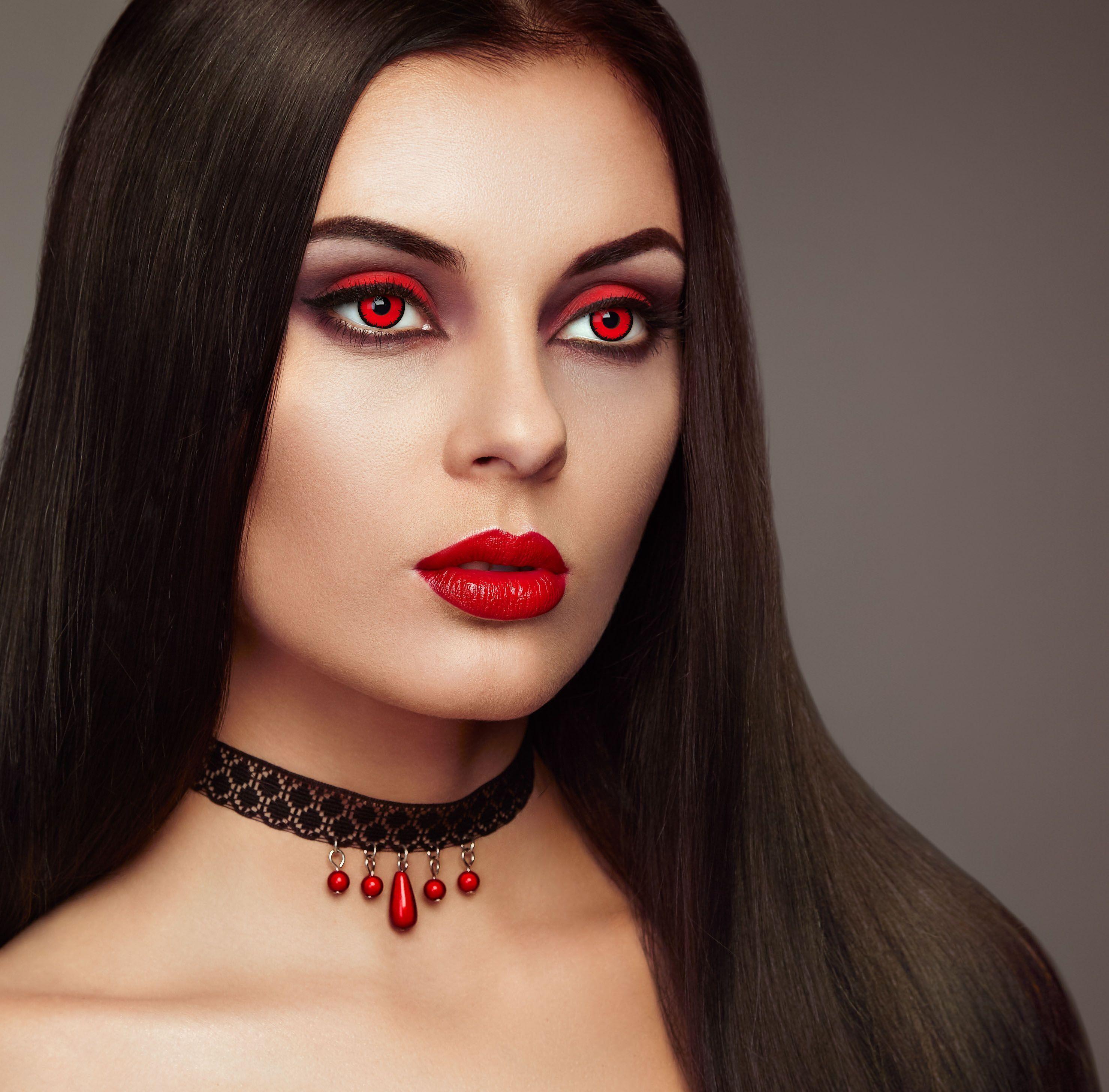 Halloween Make Up Ideen Halloween Ideen Makeup Halloween Make Up Ideen Halloween Make Up In 2020 Scary Vampire Vampire Makeup Halloween Halloween Make