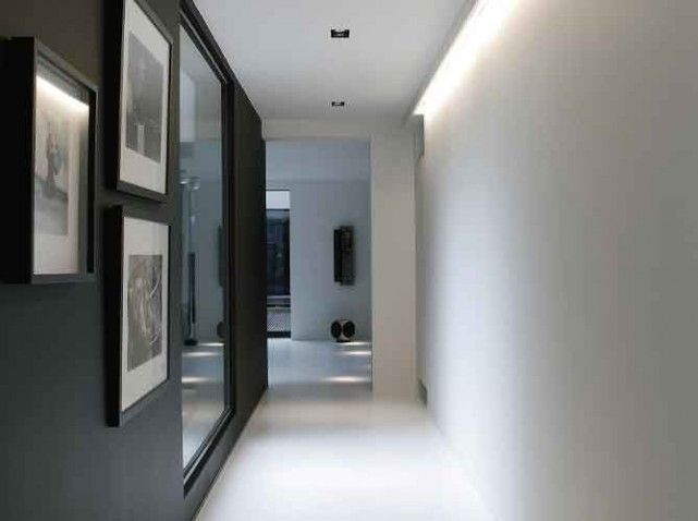 Mod le id e d co entr e couloir gris for Photo couloir maison