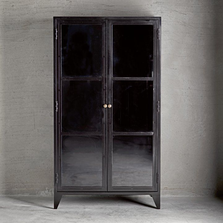 Charmant Cabinet In Black Painted Metal. The Cabinet Has Two Glass Doors And Three  Adjustable