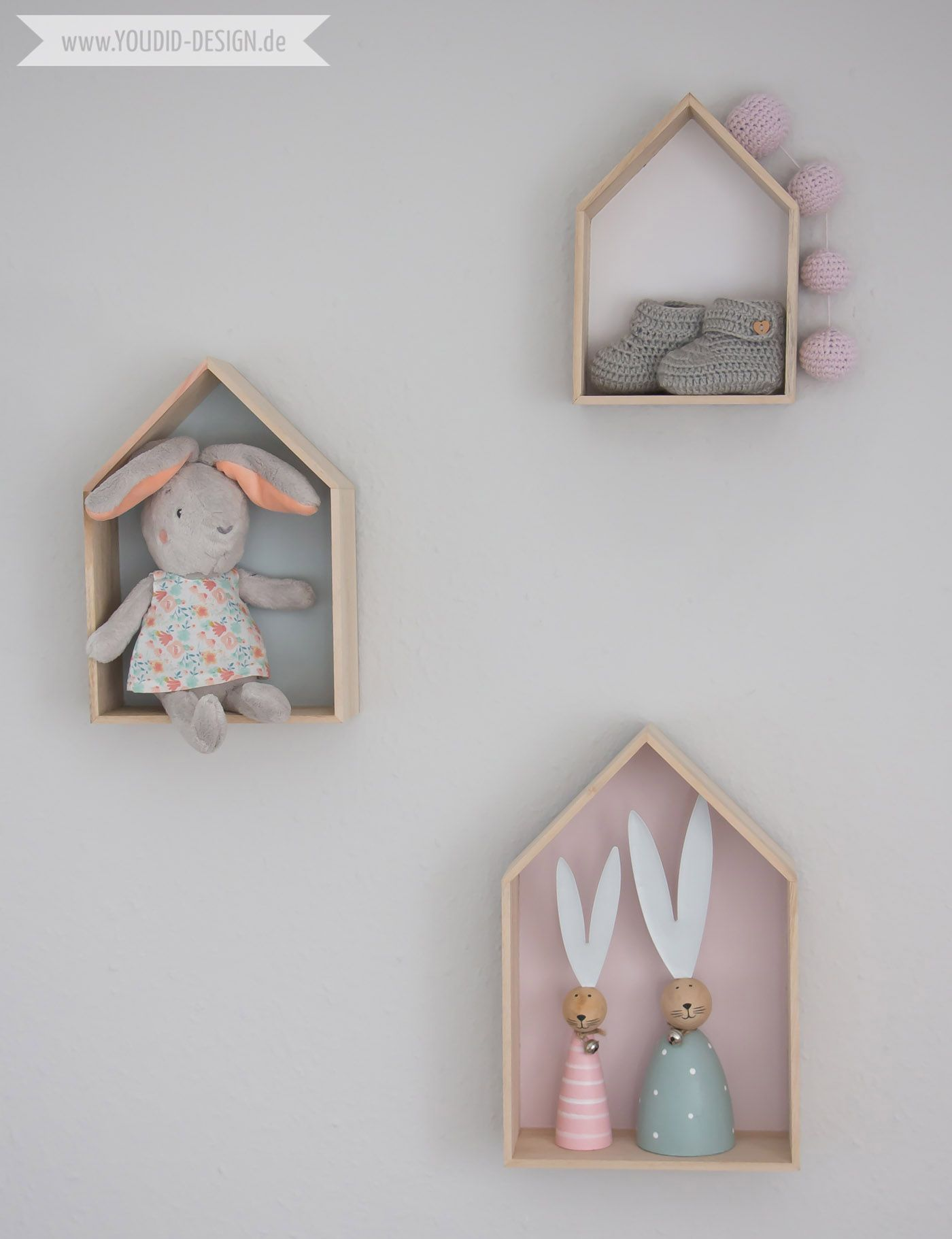 Wunderbar Inspiration For A Scandinavian Nursery Inspirationen Für Ein  Skandinavisches Kinderzimmer In Mint Blush House Shelf Haus Regal IKEA Hack  Scandinavian Deko ...