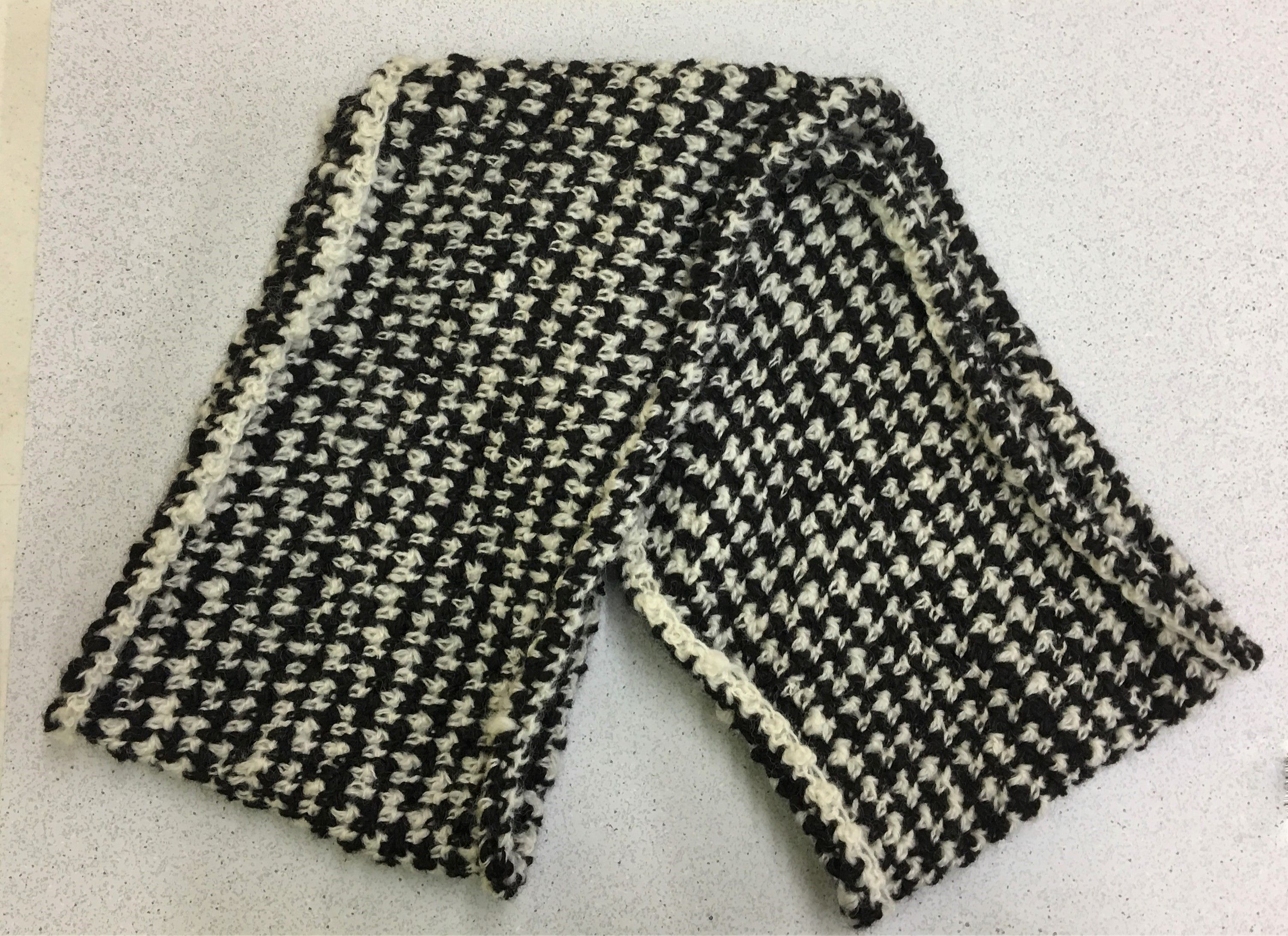 Lori\'s Houndstooth Scarf | Member Projects | Pinterest | Houndstooth ...