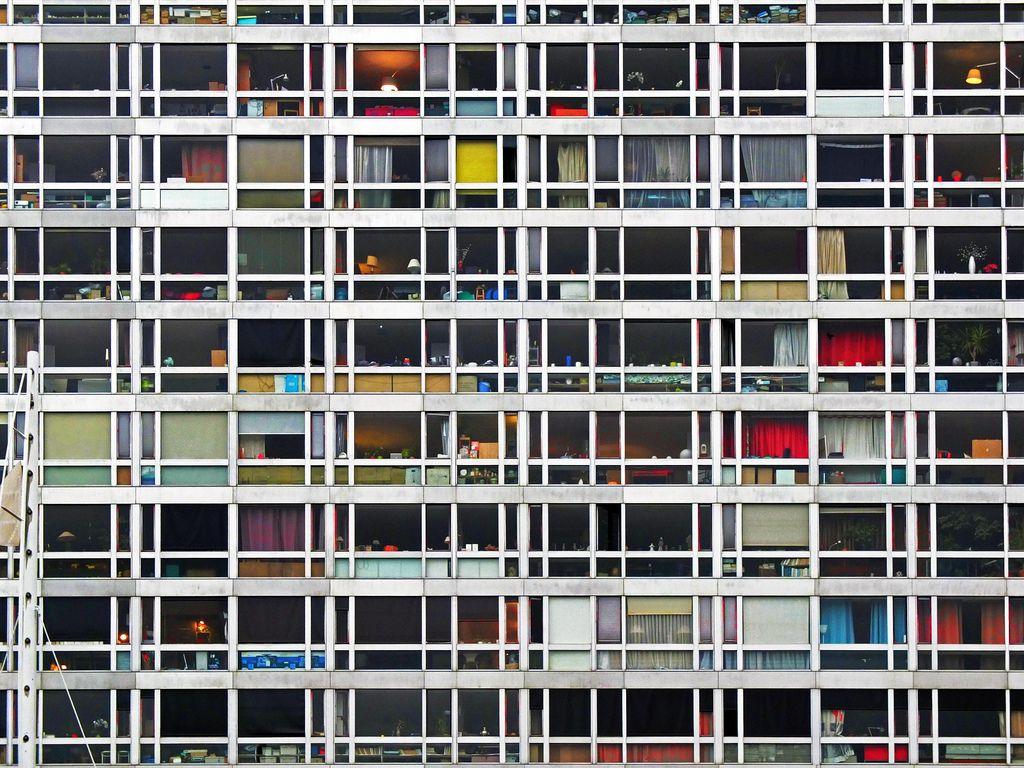 Andreas Gursky: Buildings   Andreas gursky, Spiritual photos, Urban landscape