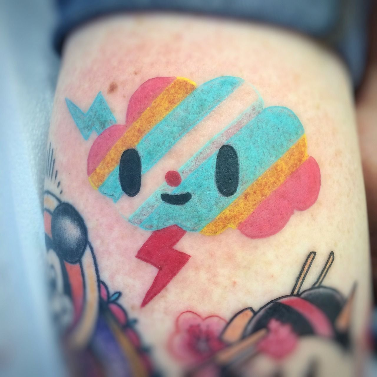 Tokidoki Thunder Cloud By Candice Bauman At Autumn Moon Tattoo In Anaheim Ca Ig Candeeo Goldenbough Tumblr Com Thundercloud Cloud Tattoo Moon Tattoo