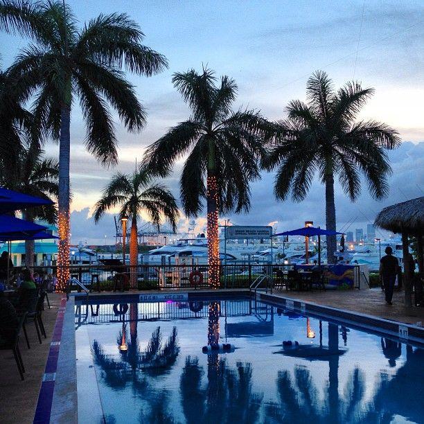 Monty S In Miami Beach Fl