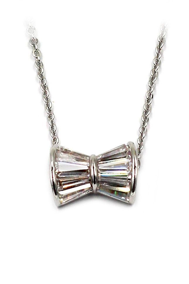 loverly butterfly crystal necklect