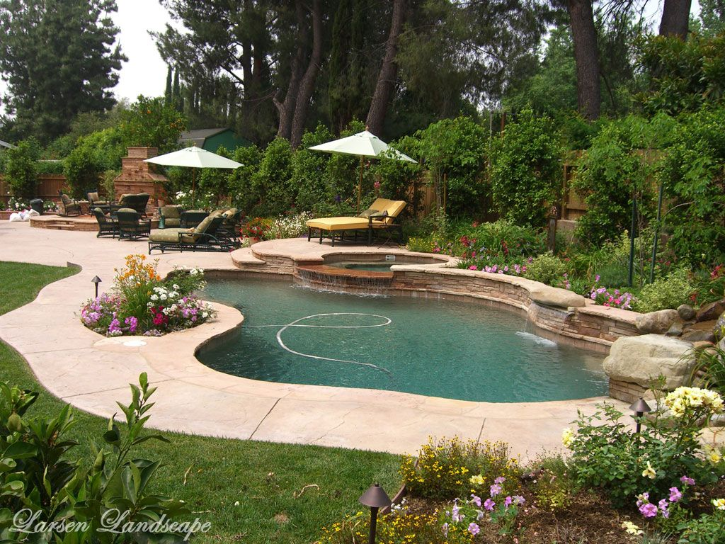 Landscaping around pools landscaping northridge larsen for Pool and backyard design