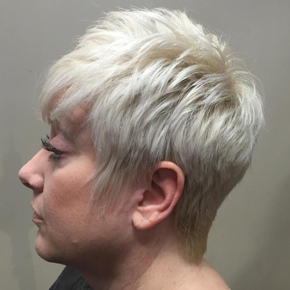 90 Classy And Simple Short Hairstyles For Women Over 50 Layering