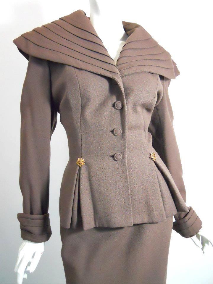 Rosewood brown crepe wool 40s suit