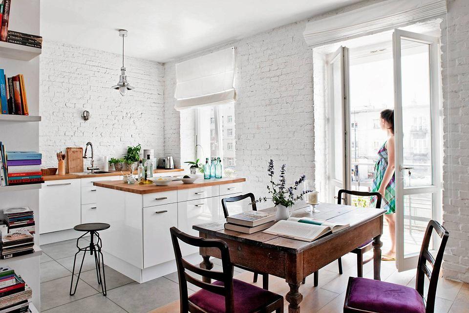 Image Result For Stary Kredens W Nowoczesnej Kuchni Home Living Spaces New Homes