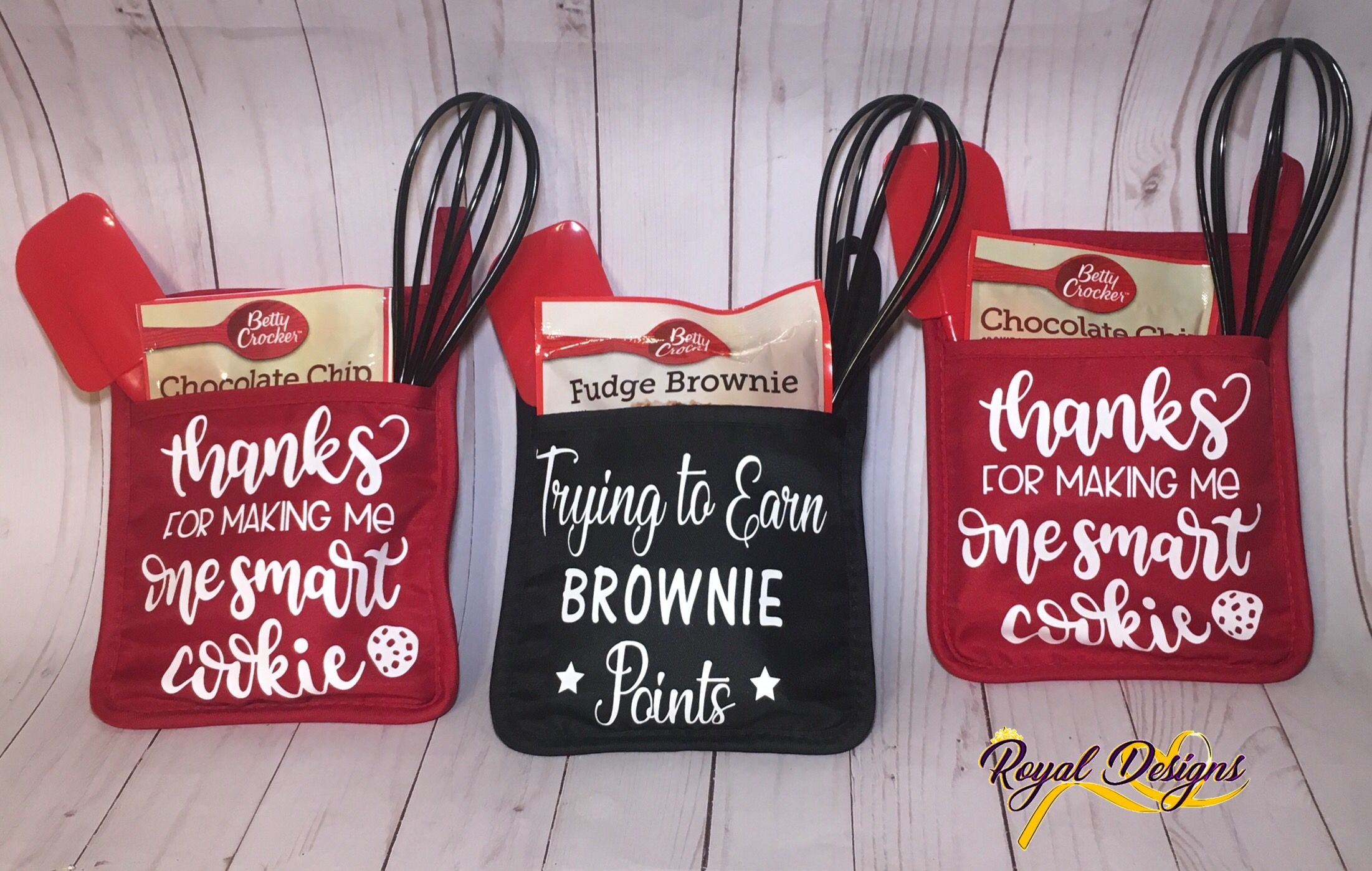 Oven Mitts With Spatula Whisk And Cookie Mix Royal Design Cookie Mix Fudge Brownies
