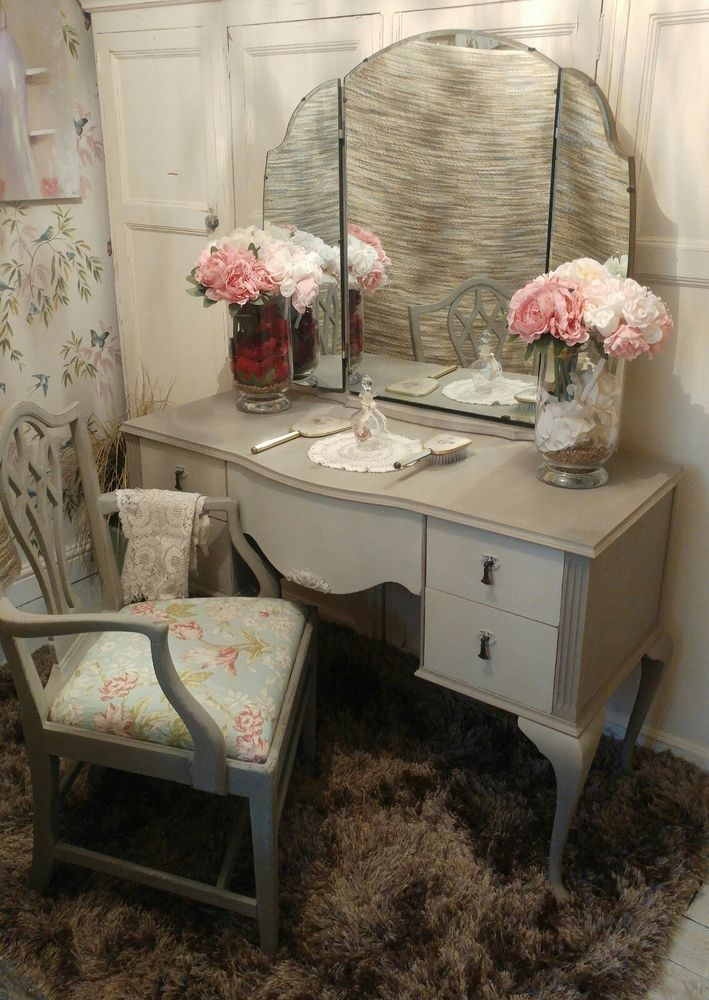 Shabby Chic Wooden Vintage Dressing Table Triple Mirror Upholstered