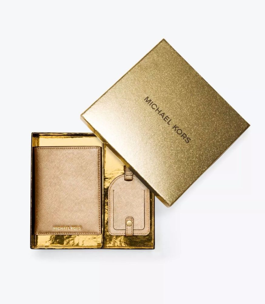 de67da19a3c6 Details about NWT Michael Kors Jet Set Travel Metallic Leather Continental Wallet  Pale Gold | Wallets & Other Accessories | Michael kors luggage, Passport,  ...
