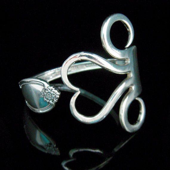 Les 25 meilleures id es de la cat gorie bijoux argenterie sur pinterest cuill re en argent - Nettoyer les bijoux en argent ...