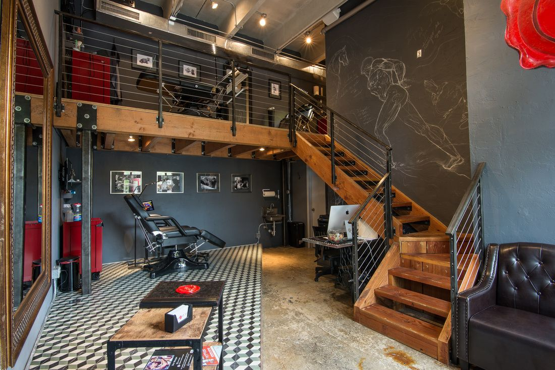 Tattoo studio in the heart of miami interior design for Tattoo shop design