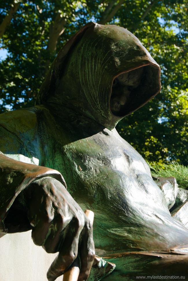 Najstrašidelnejšie sochy?! Posúďte sami... http://www.funradio.sk/clanok/27239-10-najstrasidelnejsich-soch-vo-svete/