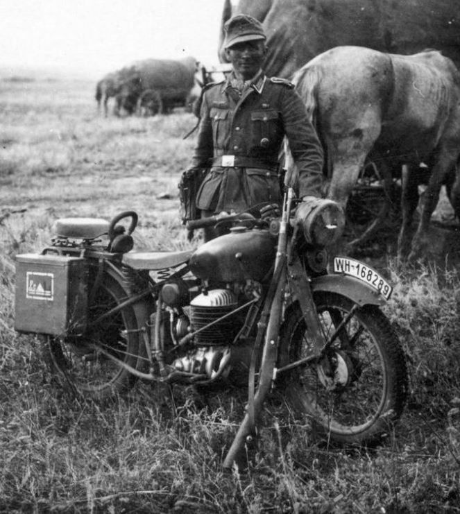 The indestructible BMW R24 motorcycle on the Eastern Front, 1941. With modernized single-cylinder engine with centrifugally governed ignition advance and rocker supports mounted on separate heads, four-speed transmission with ratchet foot control and a Bing carburetor.