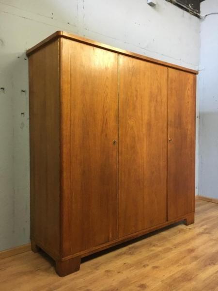Kleiderschrank Kleiderschrank Cabinet Furniture Und Credenza