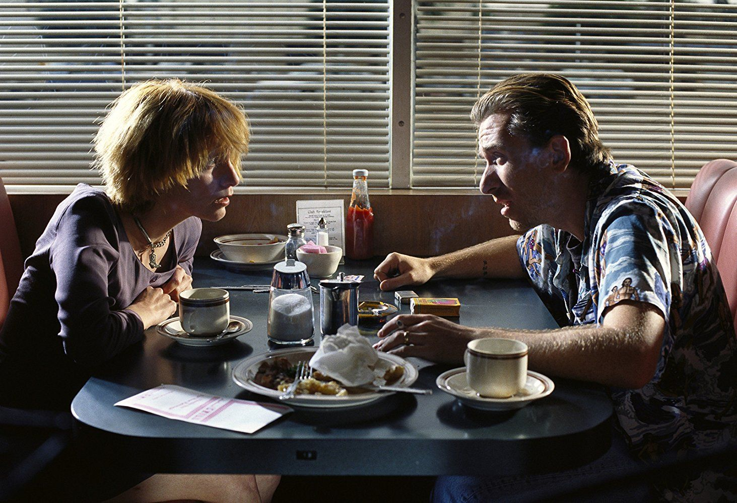 Tim Roth and Amanda Plummer in Pulp Fiction (1994) | Pulp fiction ...