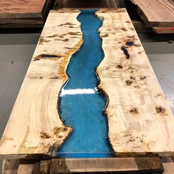 3 manières de faire une table rivière époxy - wikiHow