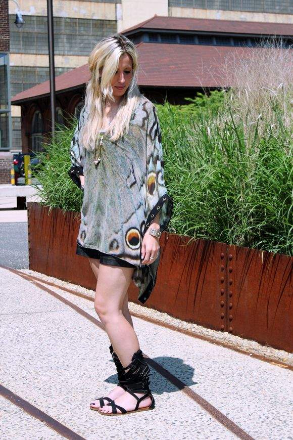 Style File: Associate Buyer-Accessories  http://blog.freepeople.com/2012/05/style-file-associate-buyeraccessories/