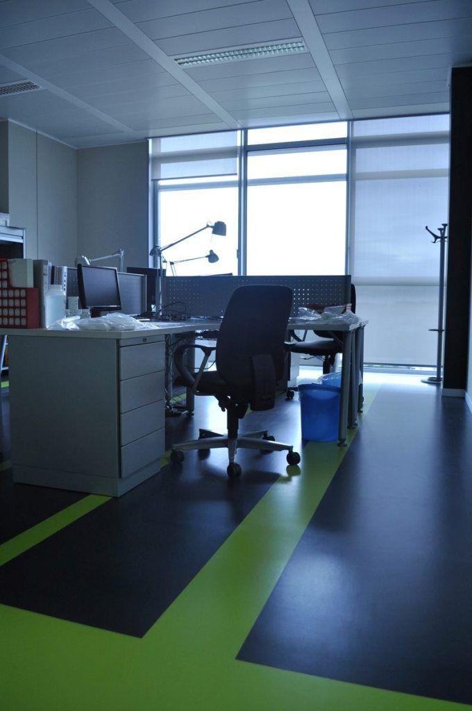 Office space mondo kayar 3mm mondo contract flooring for Mondo office