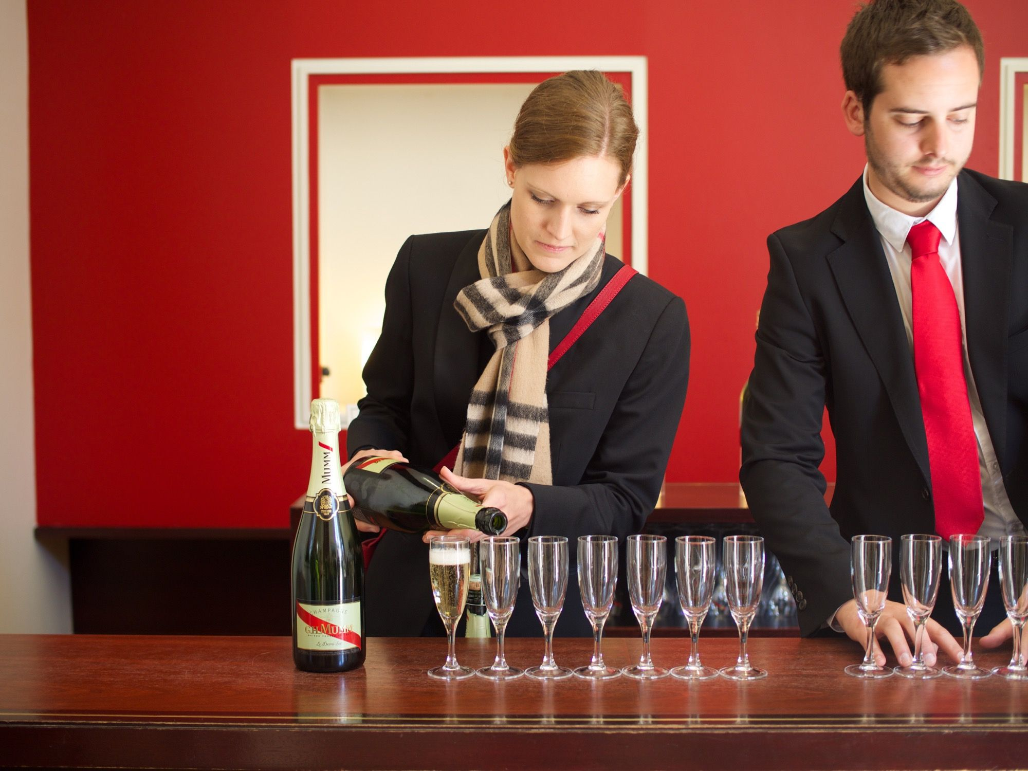 Quintessentially French Visiting Champagne Cellars In Epernay And Reims Day Trip From Paris Epernay Day Trips