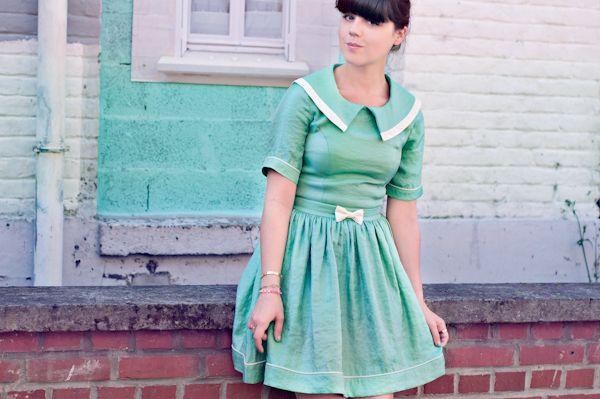 Lovely retro mint dress, need!!