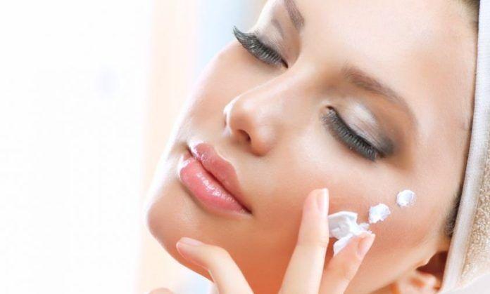 La migliore crema per il viso è della Lidl e costa meno di 3€ –