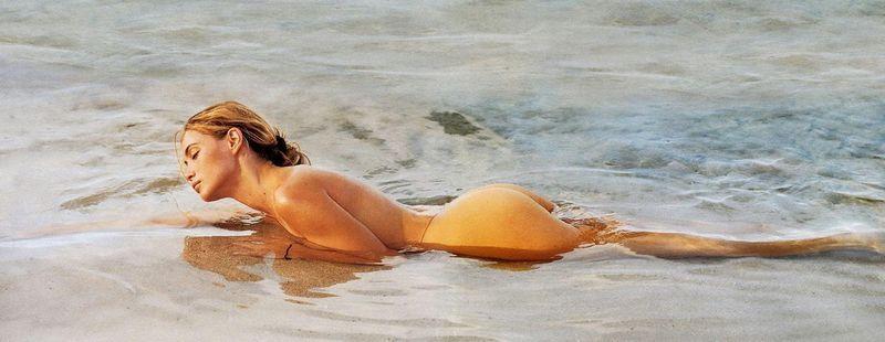 Emmanuelle Bart nackt am Strand Blowjob