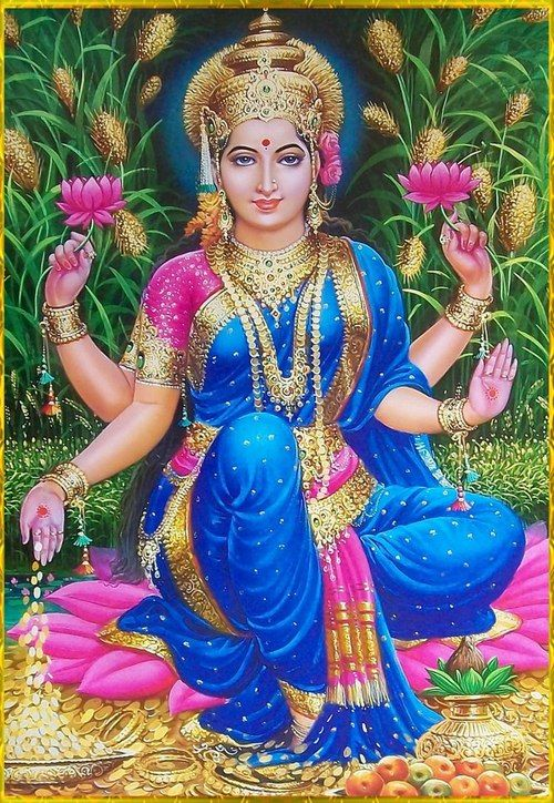 Lakshmi Hindu Goddess Of Beauty And Light Manifestation Of Abundance In All Forms Love Light Peace Joy Health W Goddess Lakshmi Hindu Deities Goddess