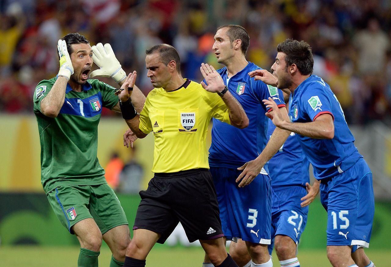 Italian soccer... _ Football referee, Fantasy football app