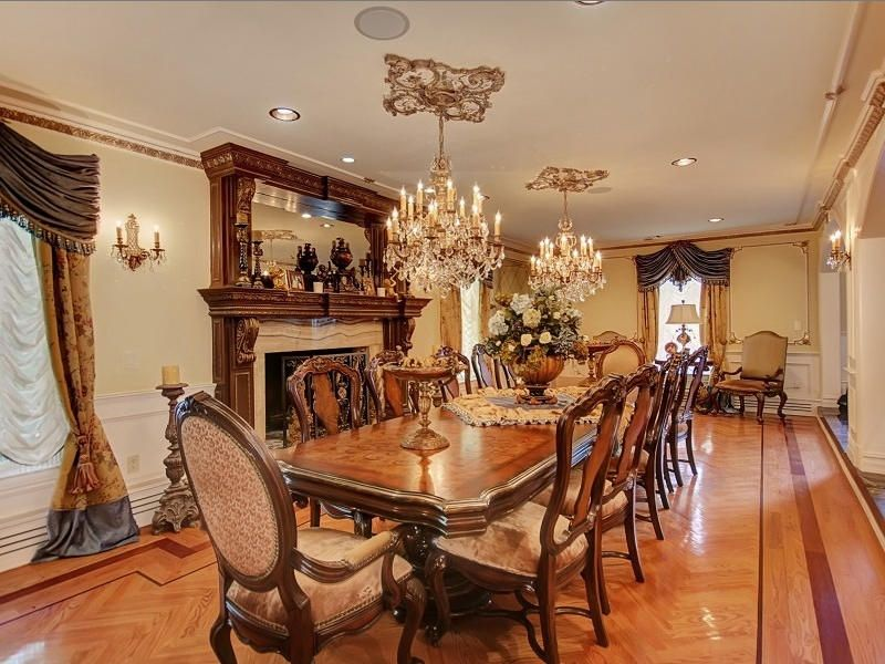 Teresa And Joe Giudices Real Housewives Mansion The Formal Dining Room Is One Of