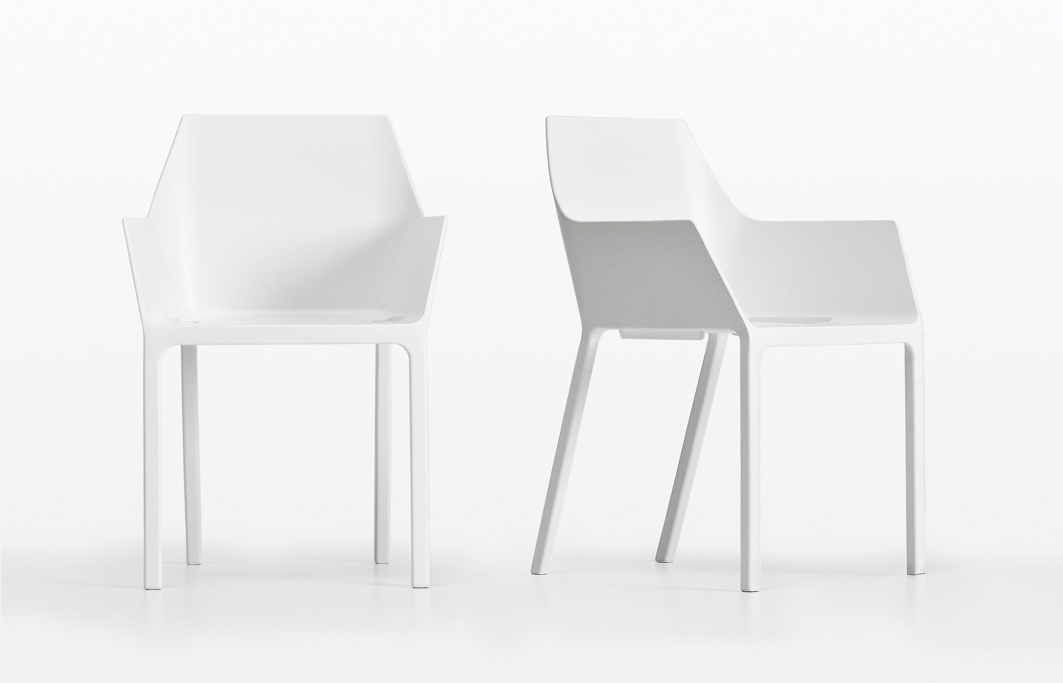 Betaalbare Design Stoelen.Mem Stoel Kristalia Betaalbaar Design Www Officehome Be Vraag
