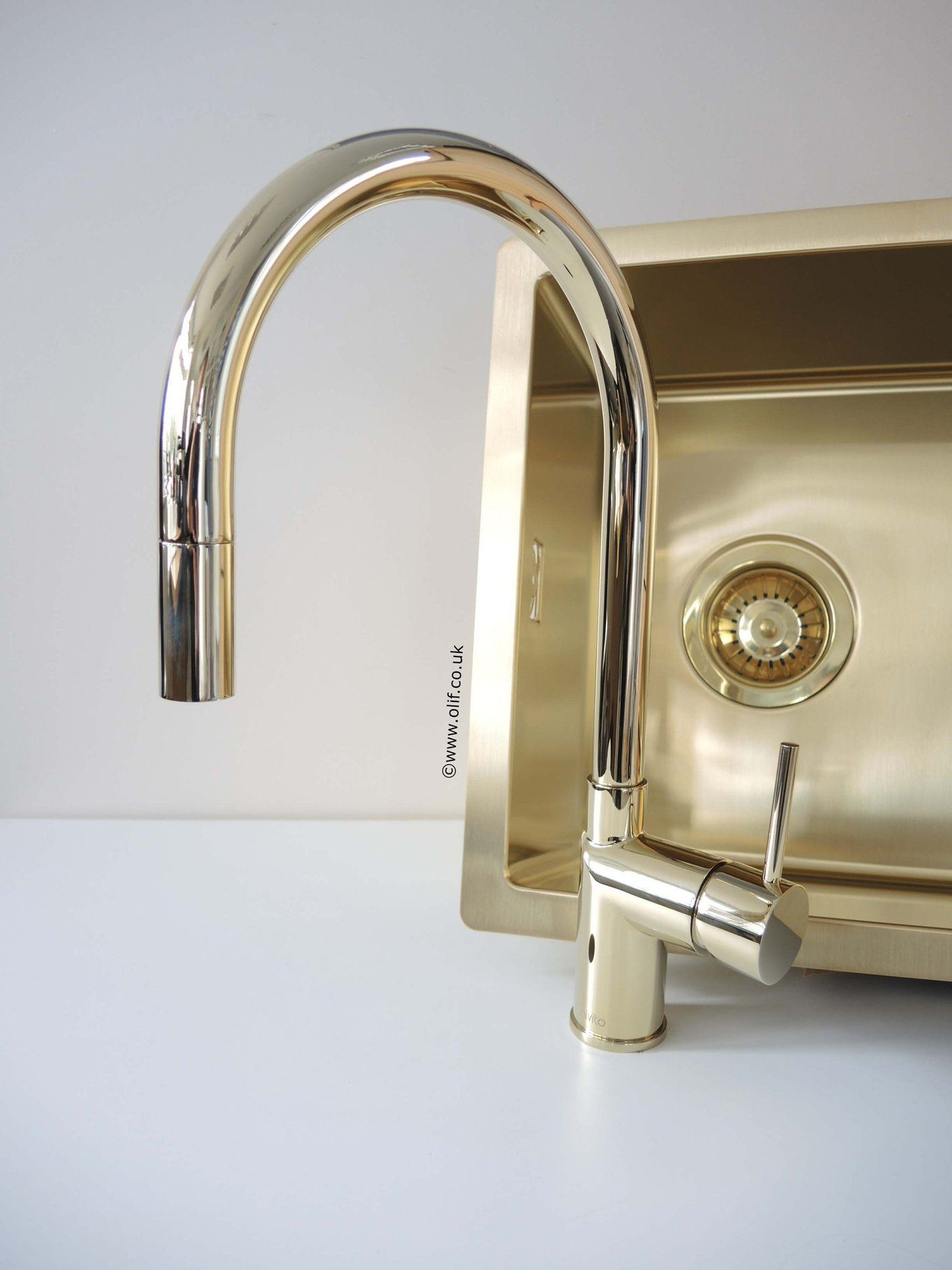 Gold Brass Pull Out Kitchen Mixer Tap Stainless Steel Uk Nivito