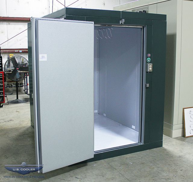 Hunter S Green Game Locker Walkin Cooler Luxury Marble Flooring Diy Locker