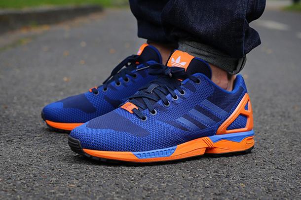adidas originali zx - blue / orange in elegante stile flusso
