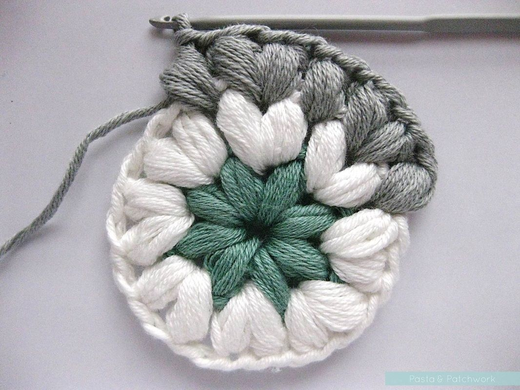 Crochet puff stitches in the round. Sweet. | crochet for baby ...