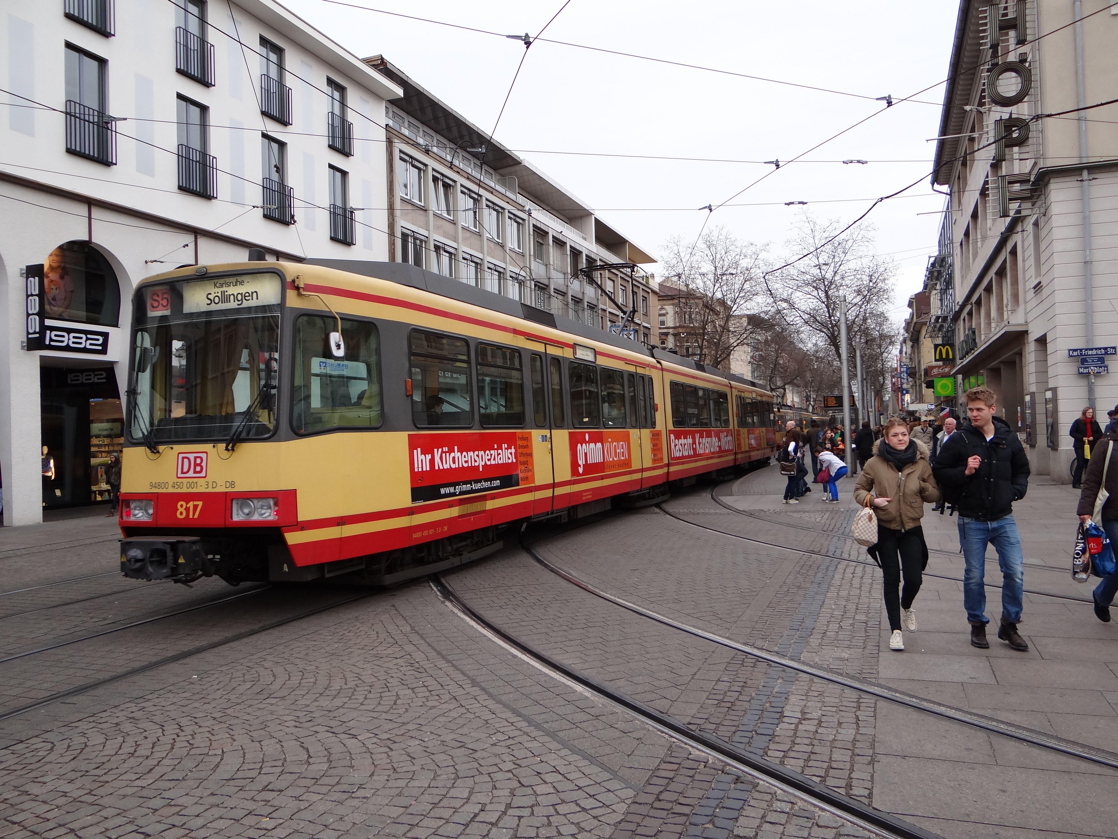 Gt8 100c 2sy Nr 817 Der Db Als Avg Linie S 5 Am 10 03 2012 Auf Dem Marktplatz Karlsruhe Stadt